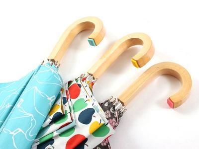 北欧デザイナーによる素敵なデザインのテキスタイルを中心に今までになかったオシャレな傘をご紹介。