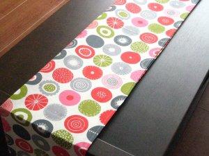 画像1: クリッパン Klippan/ キャンディ Candy/ テーブルランナー(テーブルセンター)