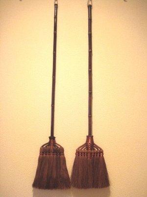 画像4: 和歌山・海南市・伝統手工芸品/棕櫚(シュロ)鬼毛長柄9玉ほうき/ほうき